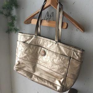 Large golden coach bag 191205001